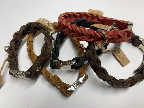 Halsband aus Fettleder geflochten mit Clipverschluss