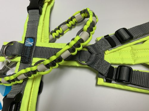 EM Keramik Halsbänder